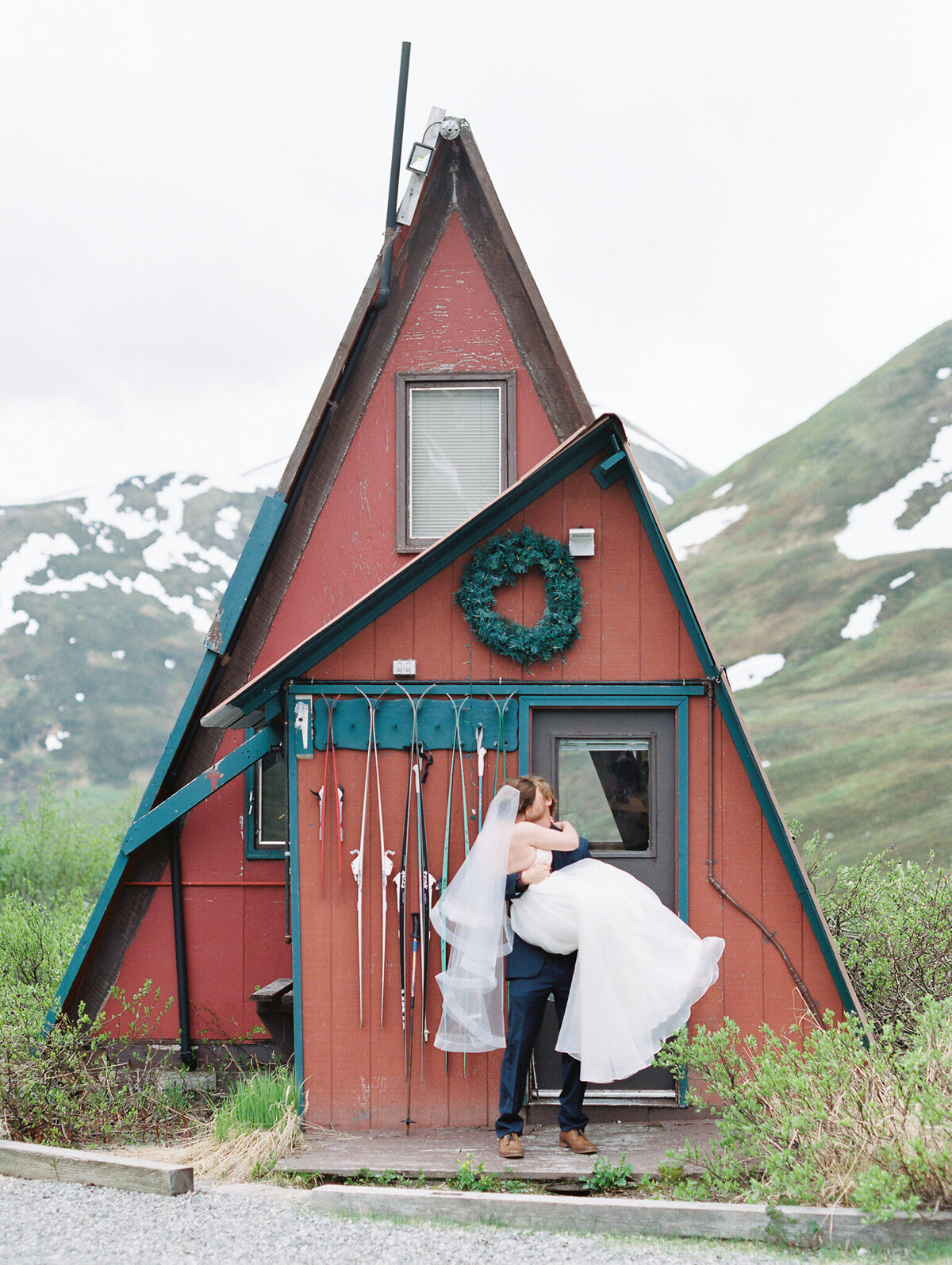 Hatcher Pass elopement photographer