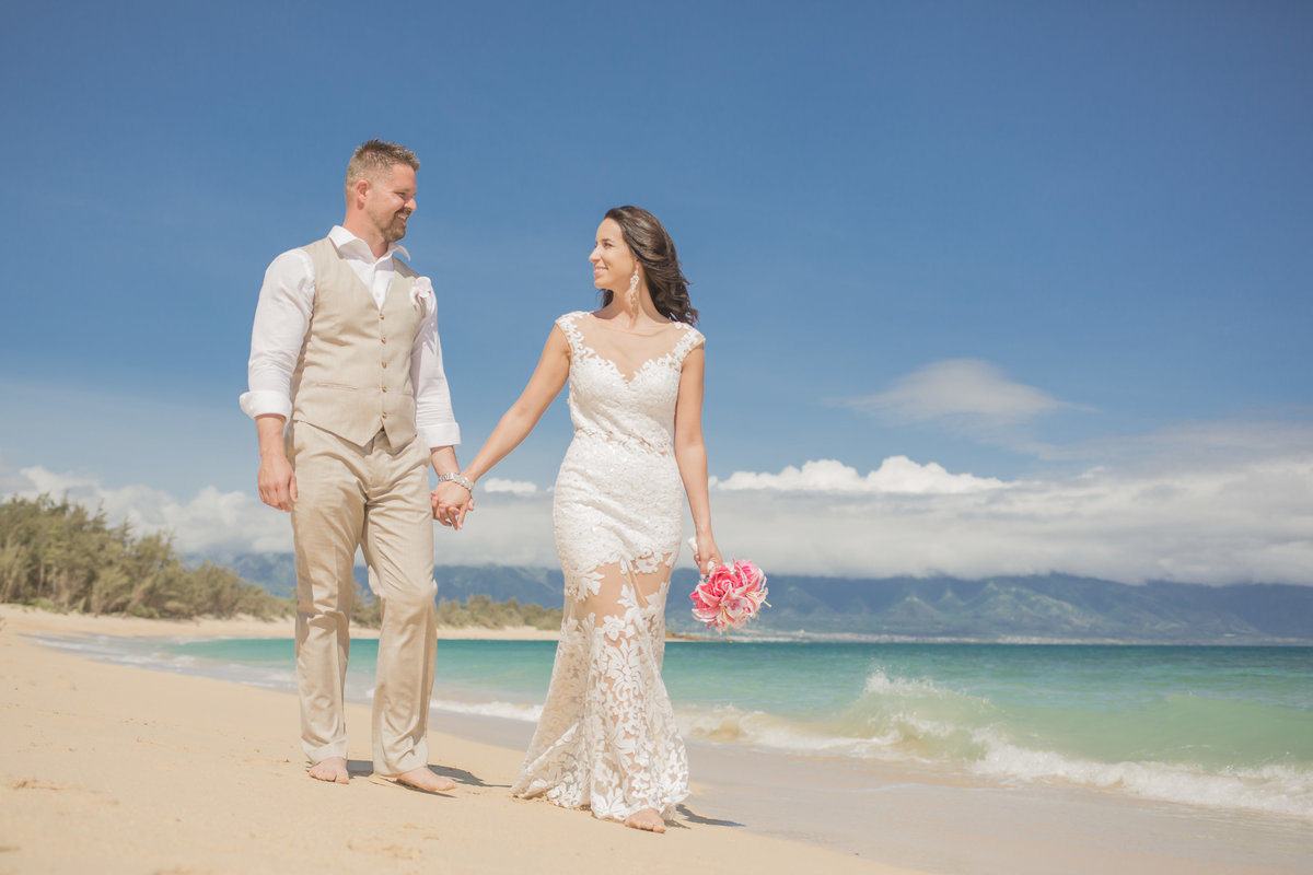 Maui beach Wedding Photographer in Hawaii