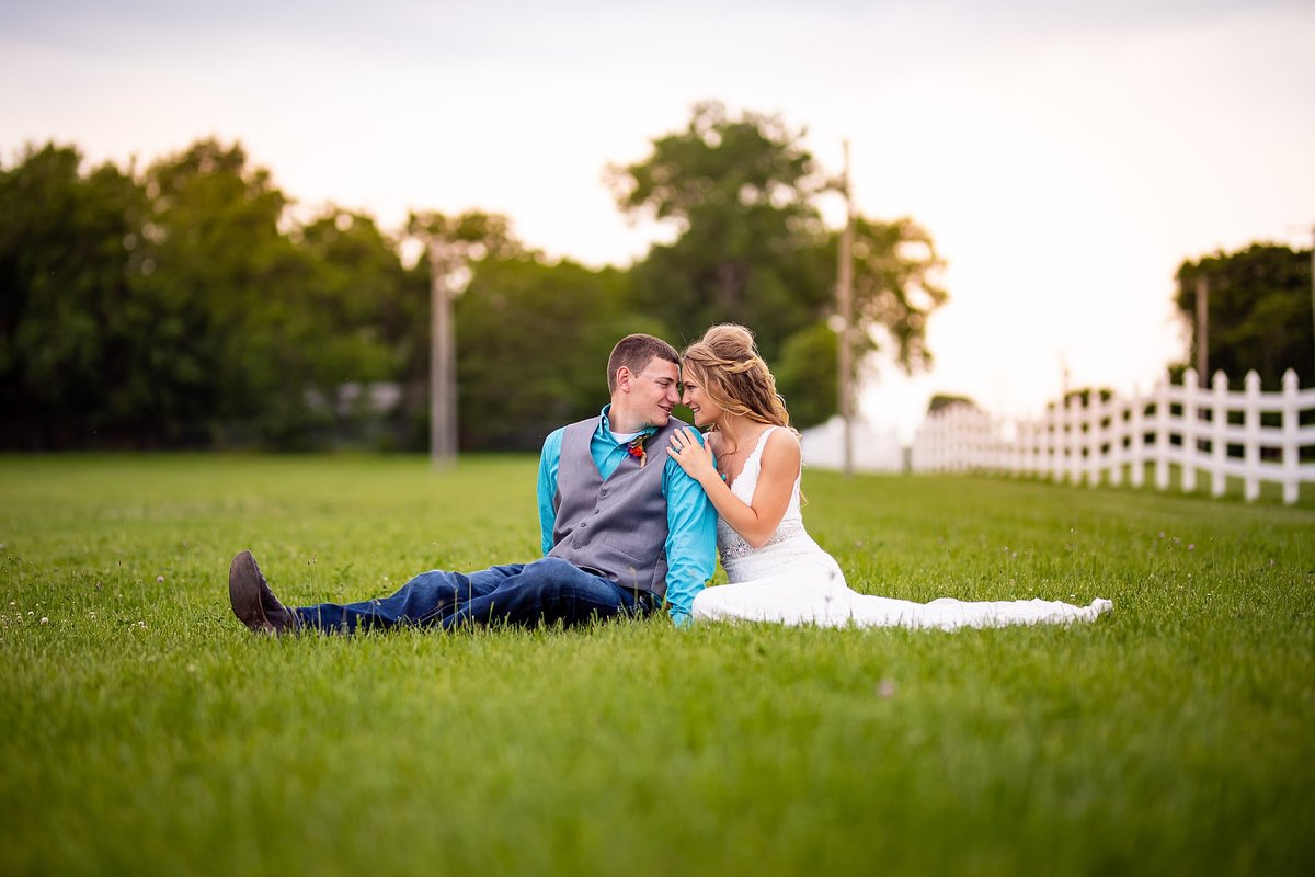 eaglewood-resort-chicago-wedding-summer_0205