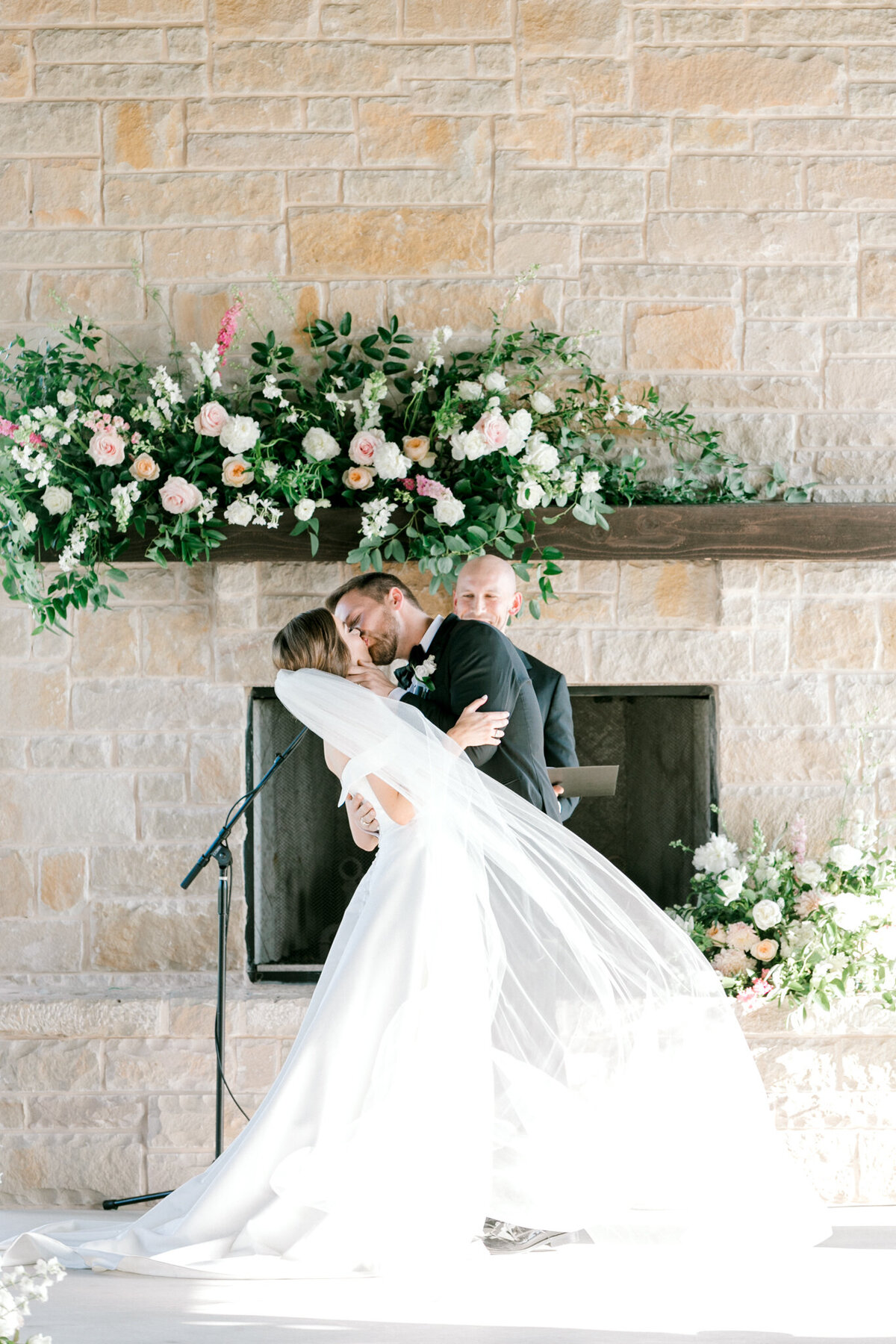Lexi Broughton & Garrett Greer Wedding at Dove Ridge Vineyards | Sami Kathryn Photography | Dallas Wedding Photography-123