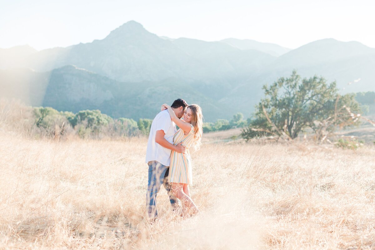 blog-Malibu-State-Creek-Park-Engagament-Shoot-boho-0036