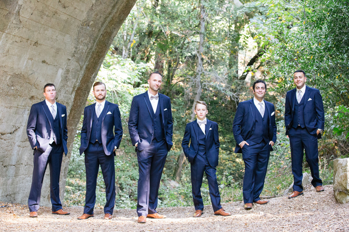 Outdoor groomsmen photos navy suits