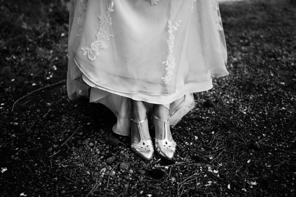 outdoor-wedding-kent-vintage-37