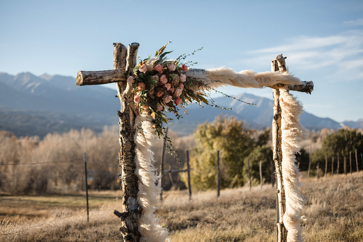 Everett Ranch Rocky Mountain Wedding Outdoor Barn Rustic Salida Colorado Alpaca Collegiate Peaks Vintage Ranch Florals Blush Hay 013