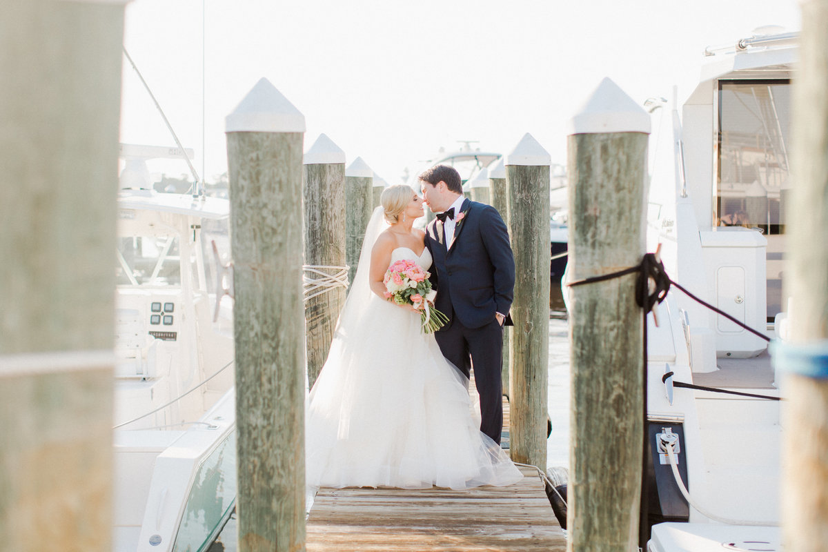 cavalier-yacht-club-wedding-virginia-beach_0053