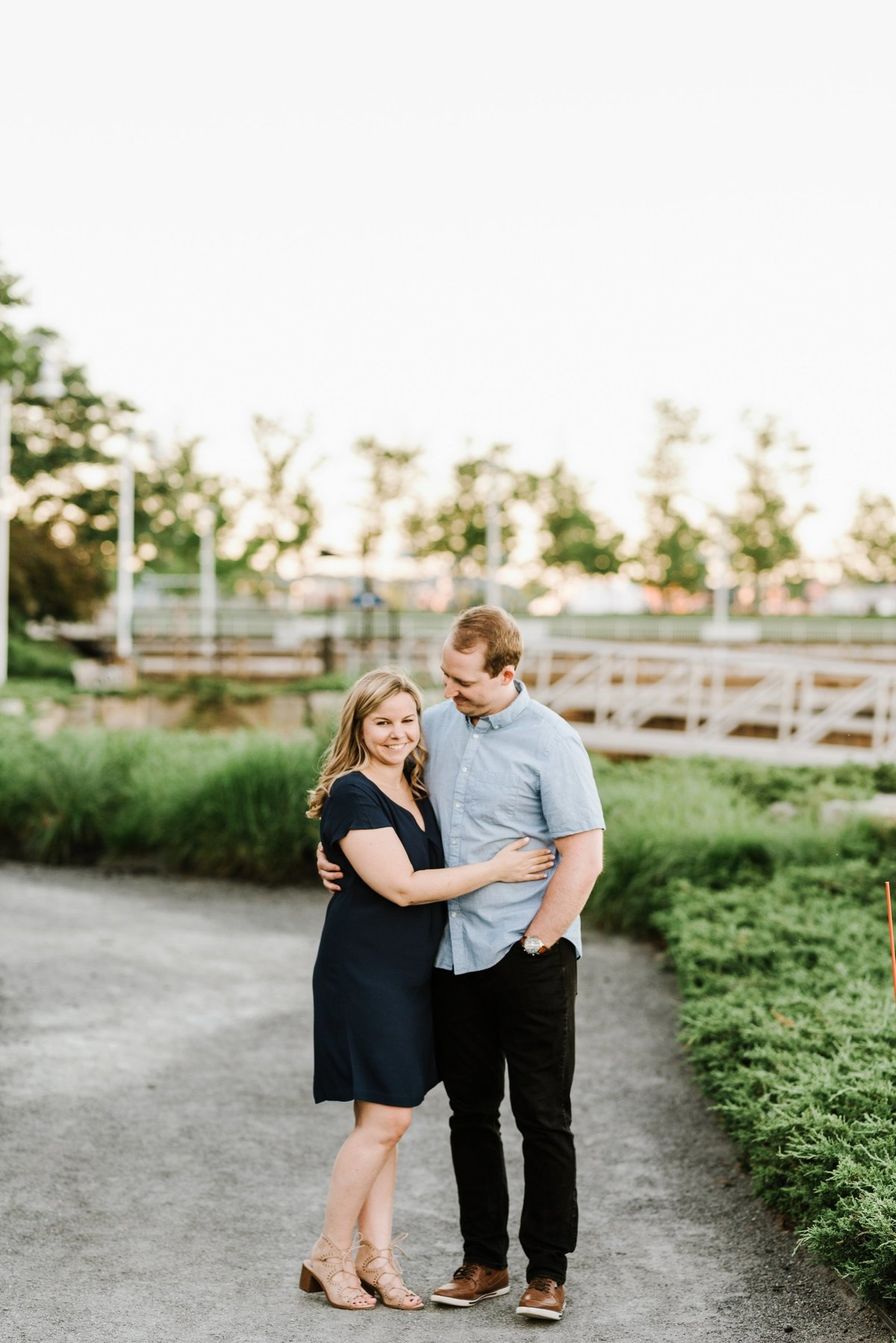 boston-wedding-photographer-charlestown-navy-yard-engagement-photo_0012