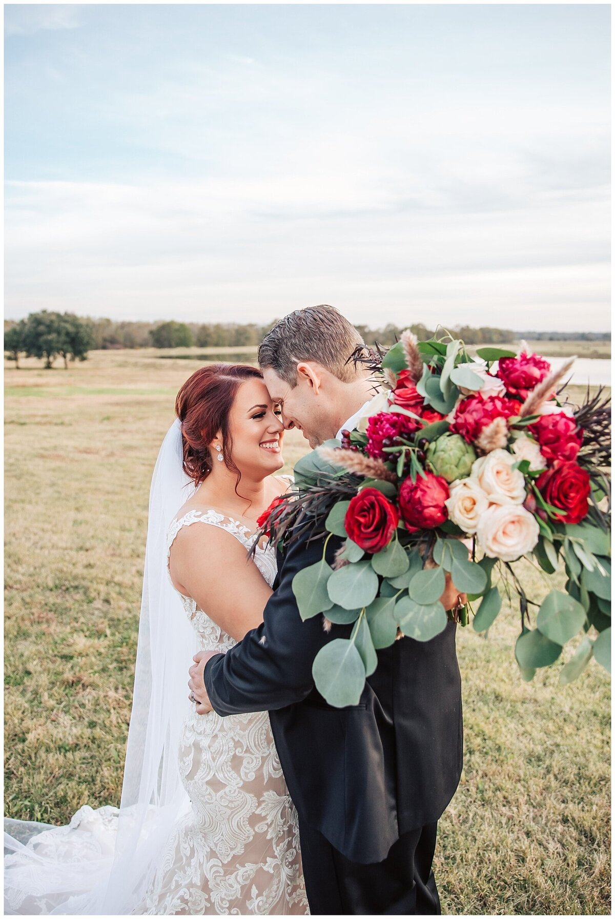 Rustic Burgundy and Blush Indoor Outdoor Wedding at Emery's Buffalo Creek - Houston Wedding Venue_0687