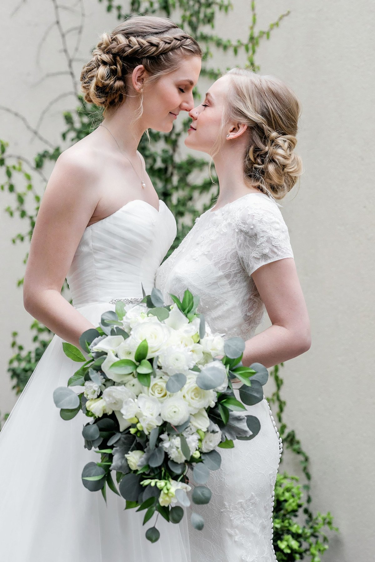 Same-sex-Dallas-wedding-photogrpaher-Julia-Sharapova_0017