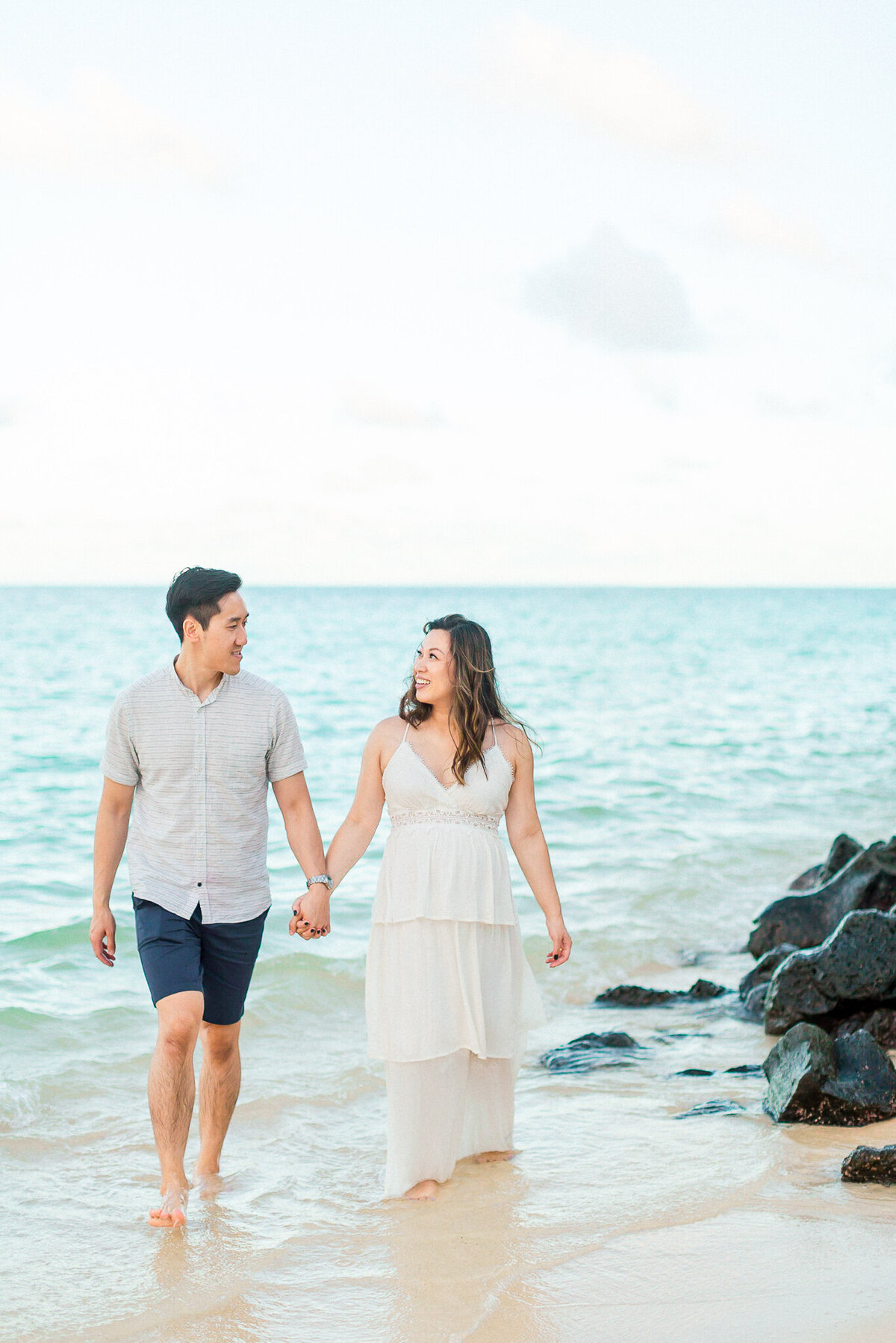 Blog-lanikai beach maternity session by hawaii maternity photographer veronica ilioi photography-0050