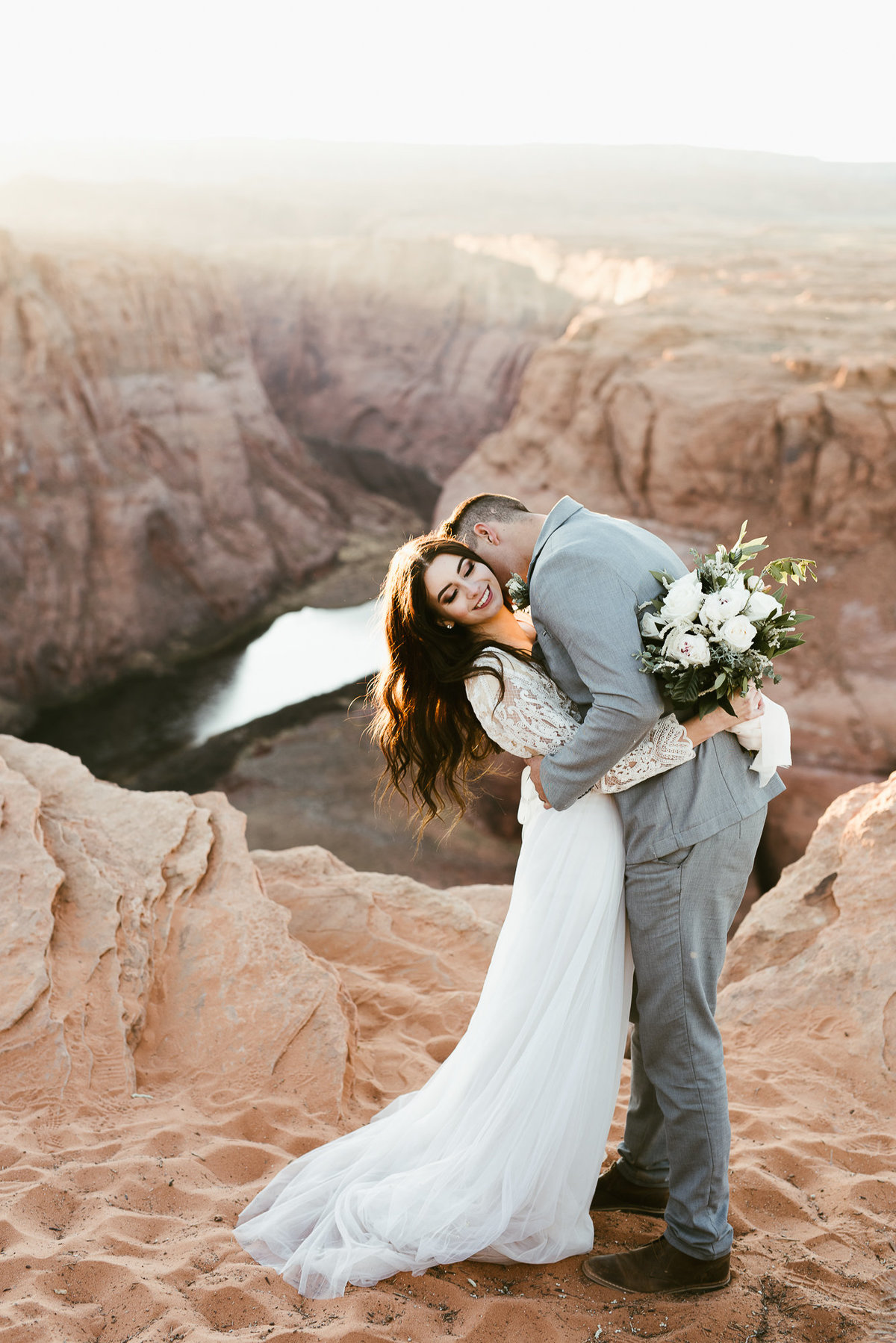elopement-at-horeseshoe-bend-30