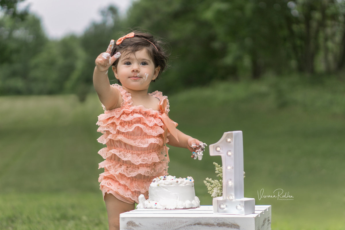 viviana-rodden-photography-child-one-peace-cake