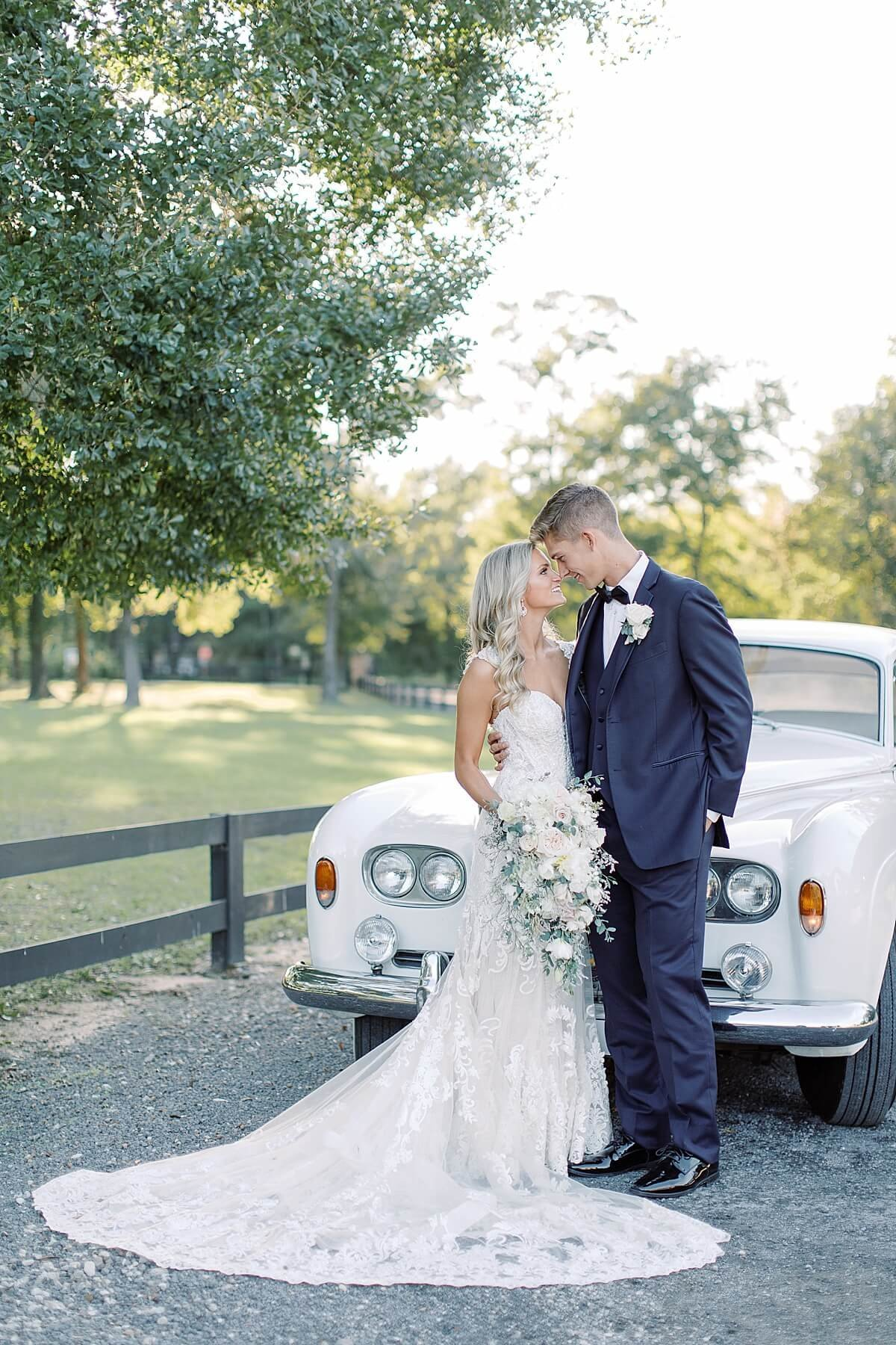 Houston-wedding-Carriage-House-Alicia-Yarrish-Photography_0101