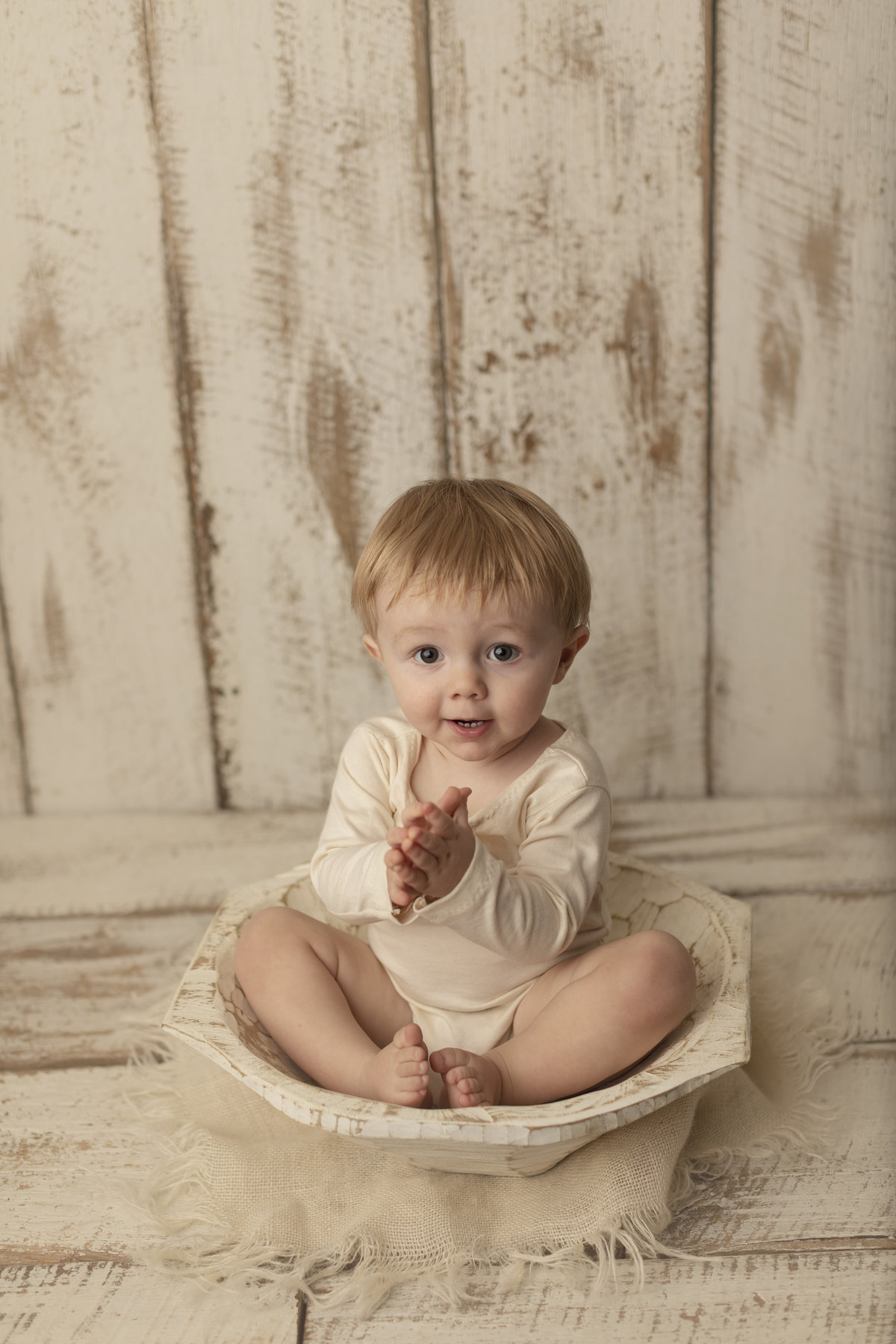ashley wilder photography southern indiana bloomington bedford one year cake smash milestone cute baby boy_0098