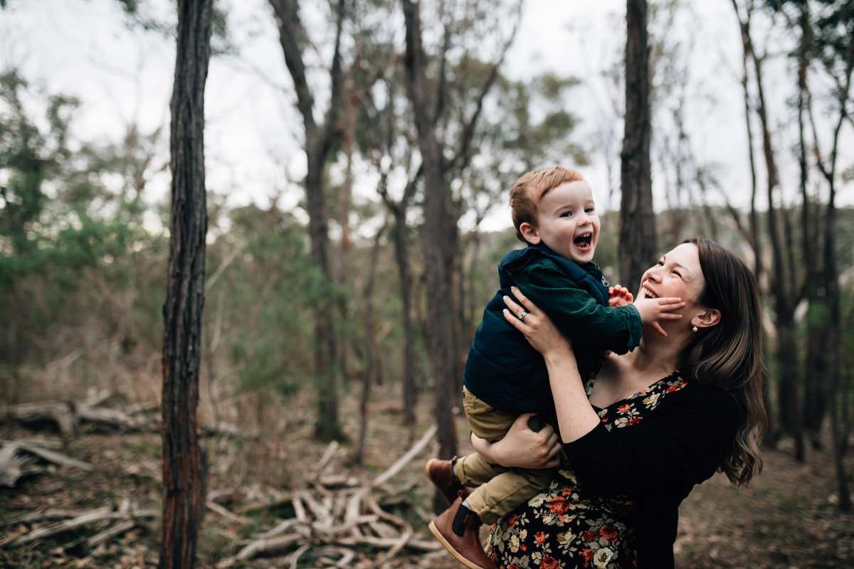 maternity photography melbourne with family outdoors-2
