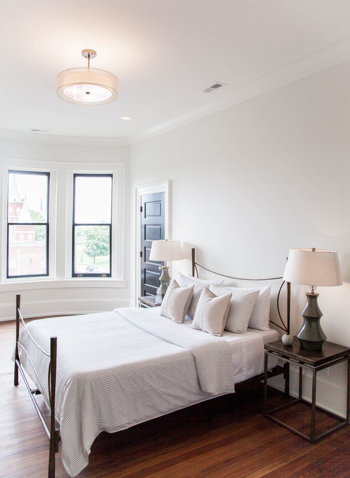 12th-Table-NASHVILLE-HOME-STAGING-Residential-Staging-INTERIOR DESIGN-Conley-House-Behind-the-Scenes-Russell-EastNashville-Renovation-43