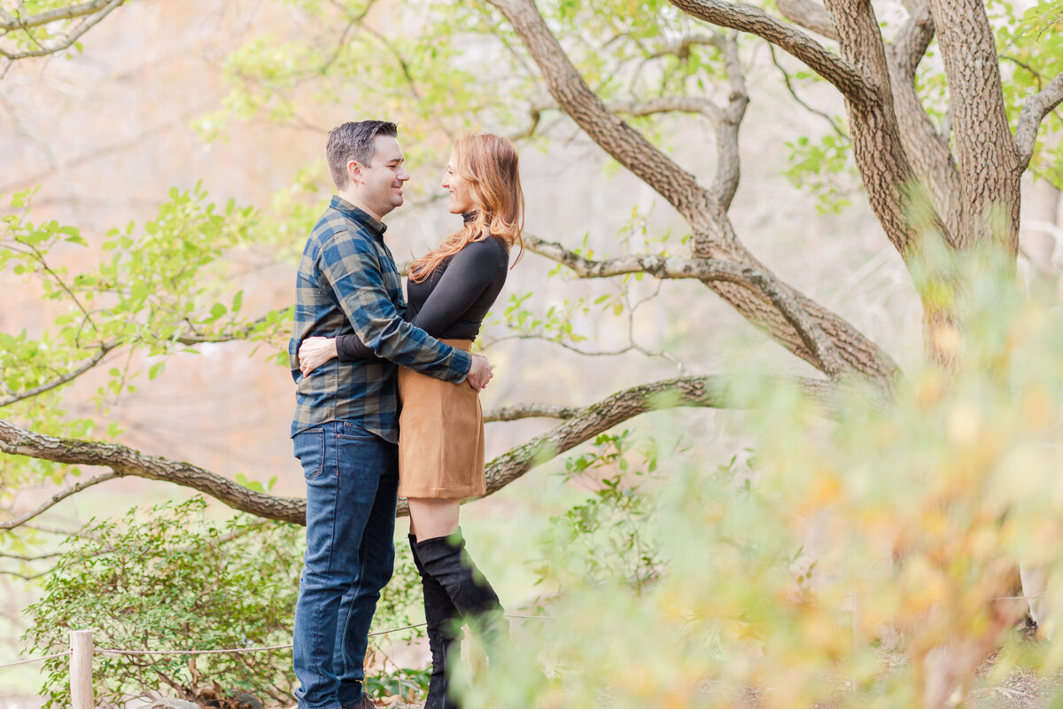 Leonard_J_Bucks_Garden_Fall__Engagement_Session-1
