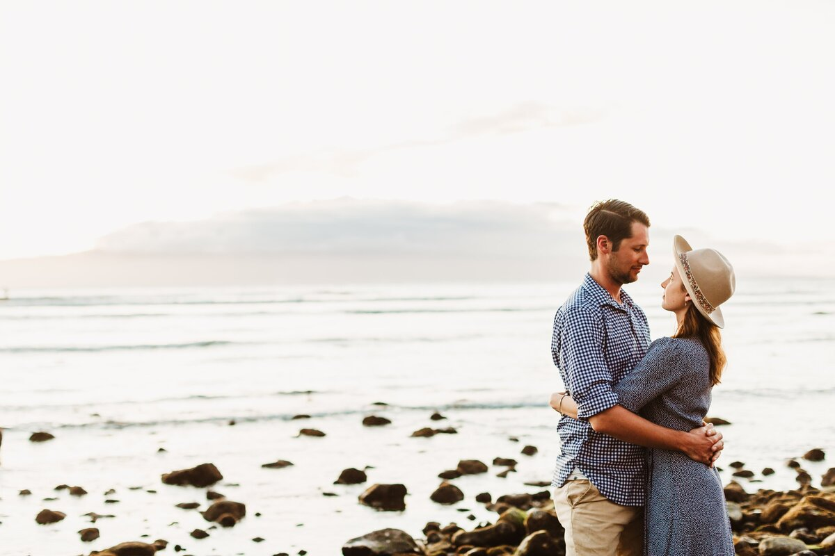 couple-beach-maui-engagement-photography