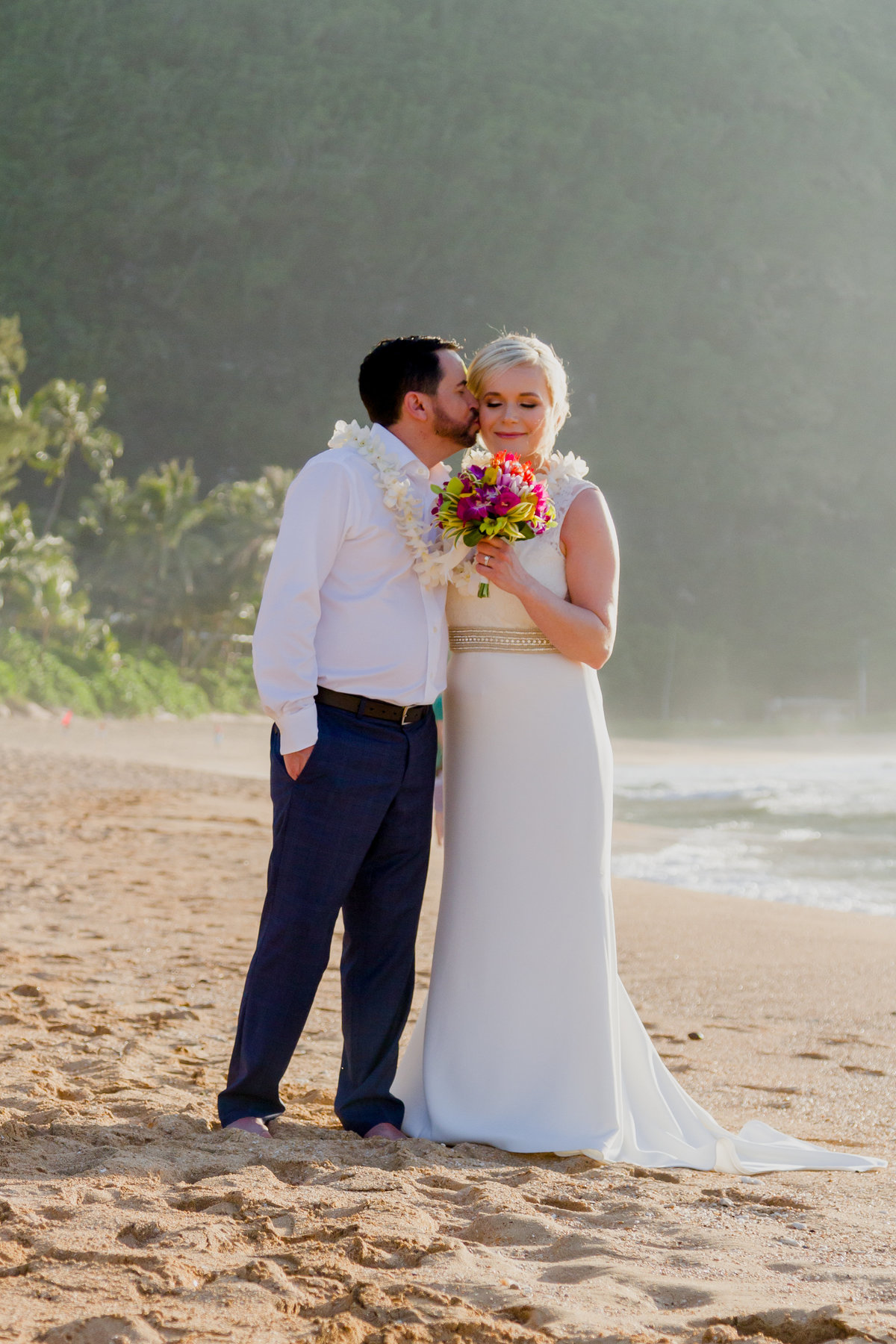Wedding photos on Kauai's north shore.
