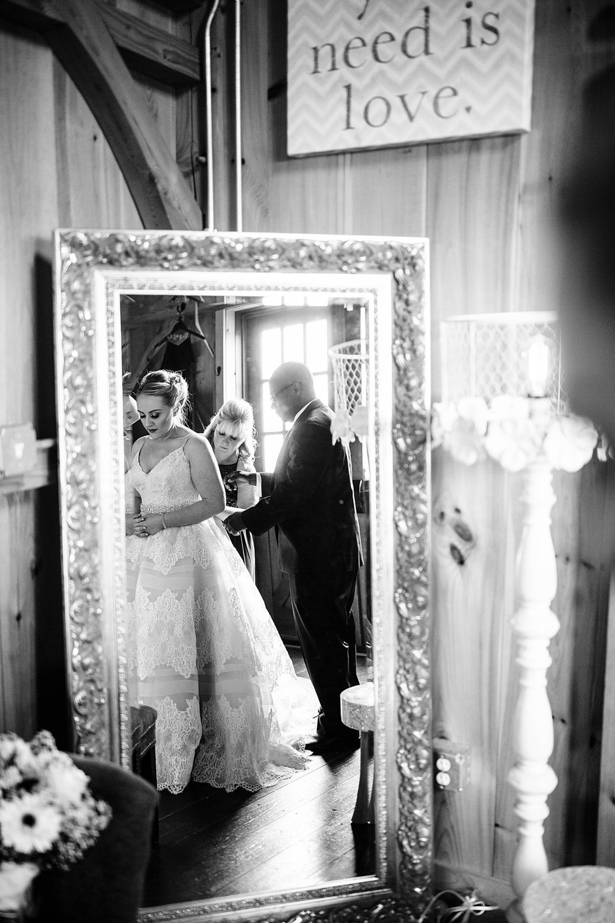spring-wedding-thousand-acre-farm-delaware-rebecca-renner-photography_0019