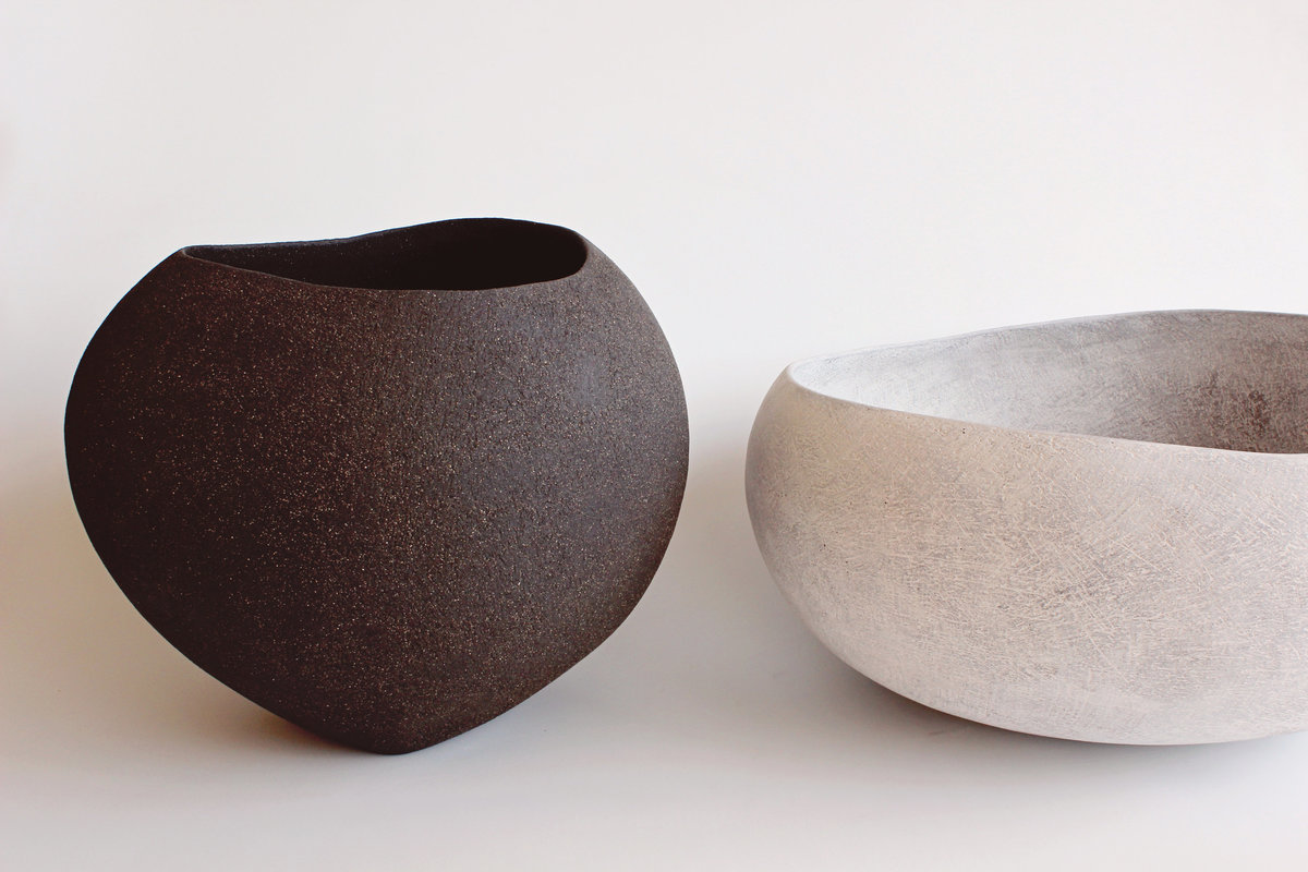 Yasha-Butler-Ceramic-Sculpture-Bowl-White-Black-Brown-Lithic_1447-3500px