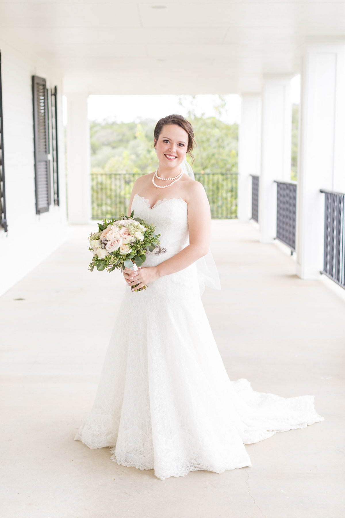 Wedding-at-Kendall-Plantation-Rickaway-Dawn-Elizabeth-Studios-Boerne-Wedding-Photographer-0055