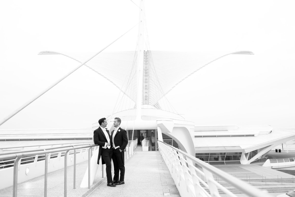 Milwaukee-Art-Museum-Wedding-056