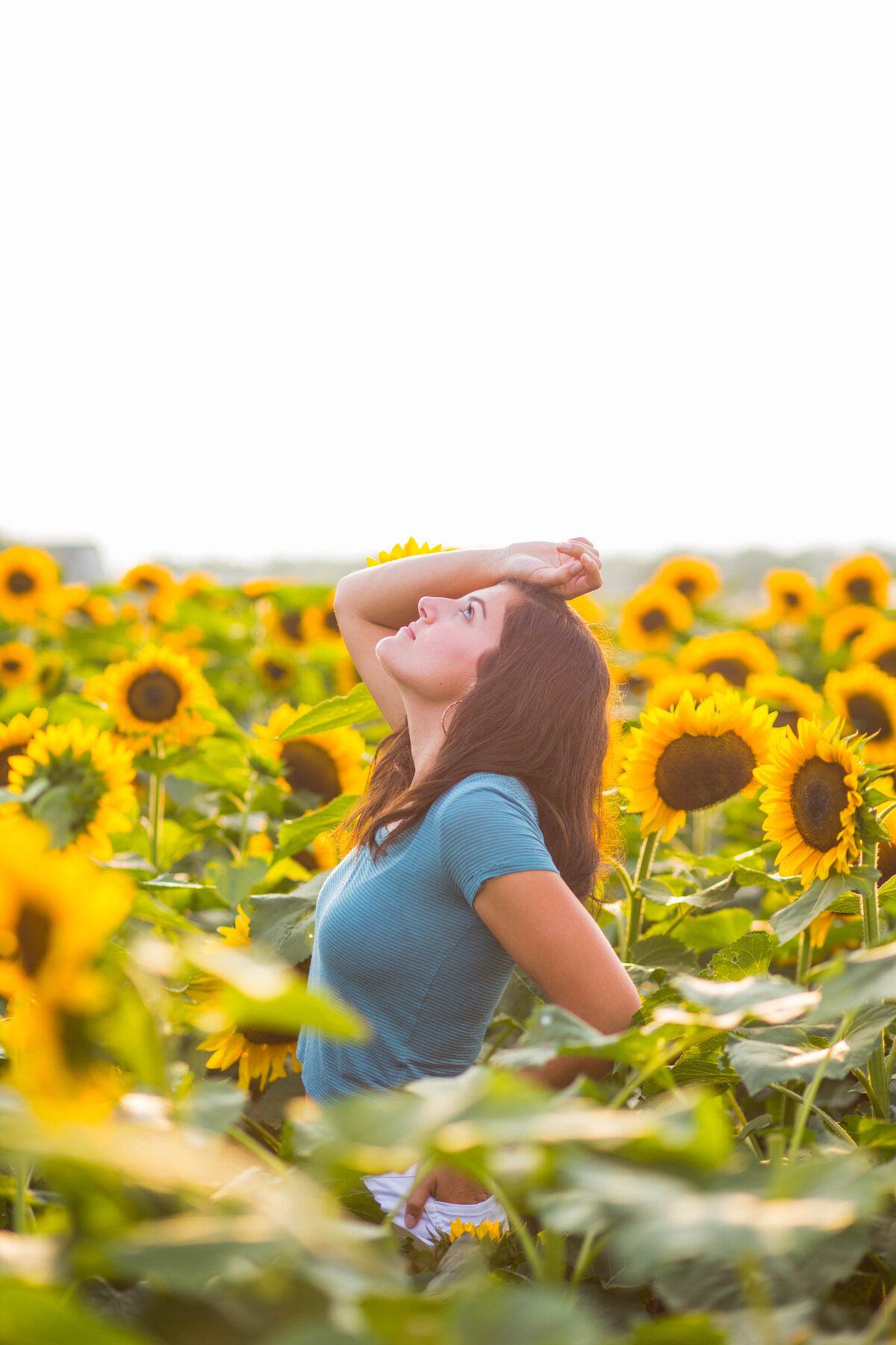 Victor-New-York-Teen-pictures-sunflowers-Carrie-Eigbrett-Photography-3003