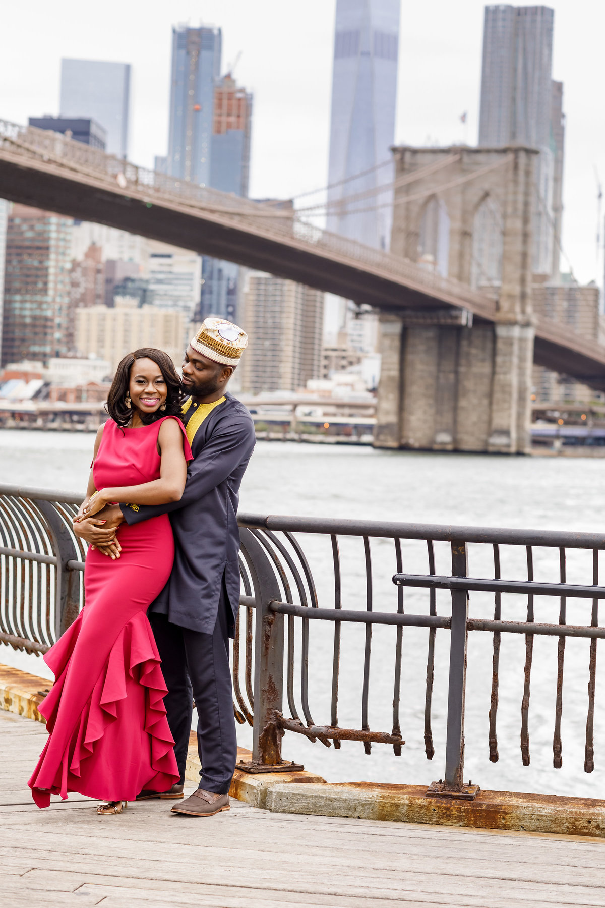Brooklyn_Bridge_New_York_Engagement_Session_Amy_Anaiz_025