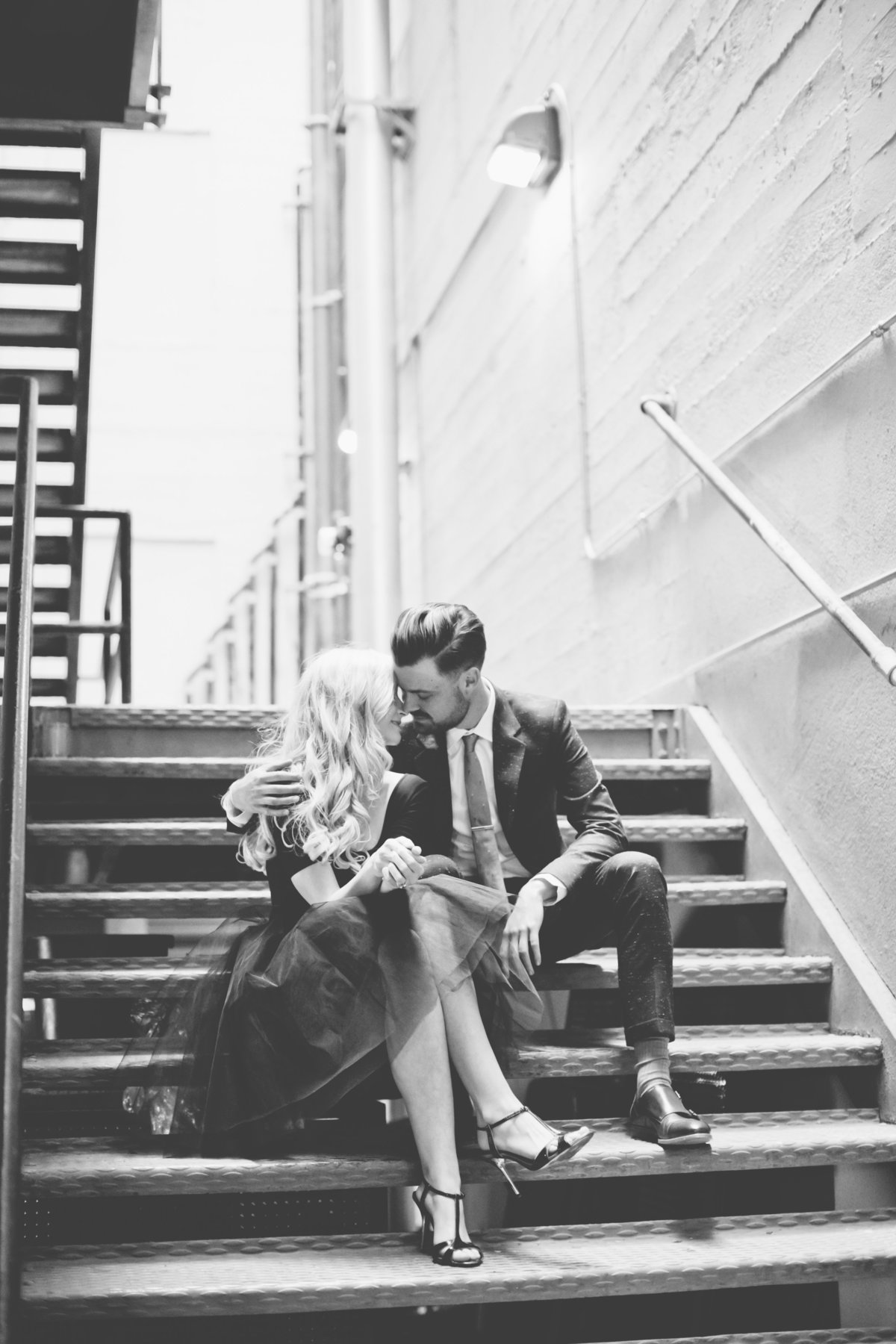 downtown-los-angeles-city-engagement-session-23