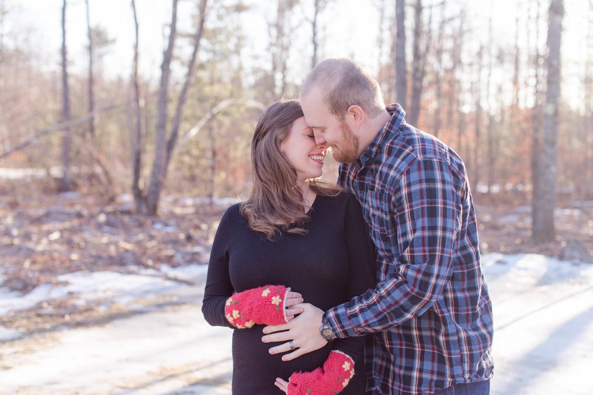 southern maine winter maternity session.