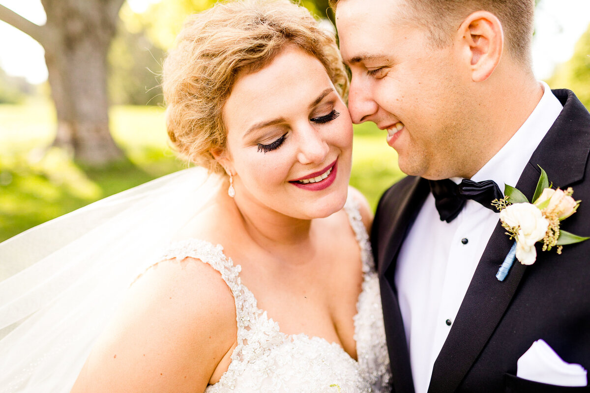 caitlin_and_luke_photography_wedding_engagement_luxury_illinois_destination_colorful_bright_joyful_cheerful_photographer10