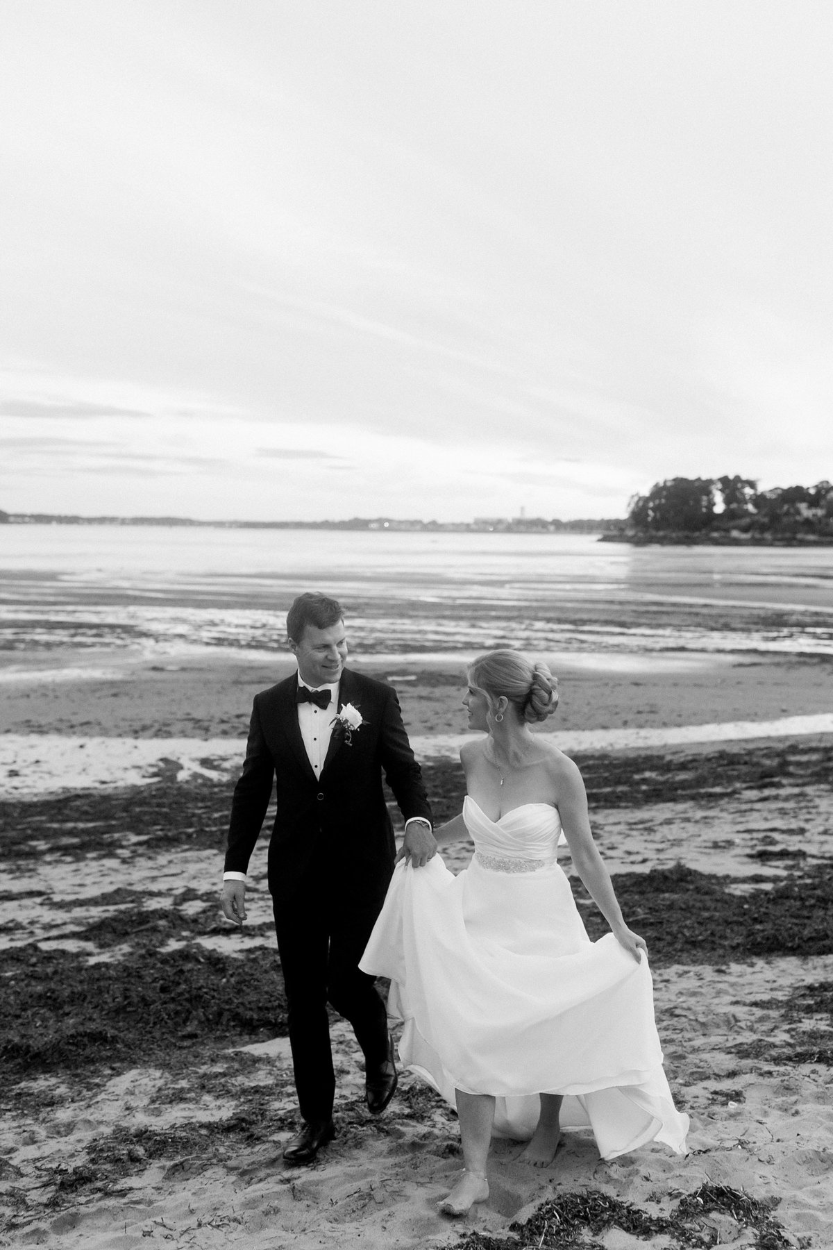 Tupper Manor Wedding Photos By Halie-Couple_s Portraits-187