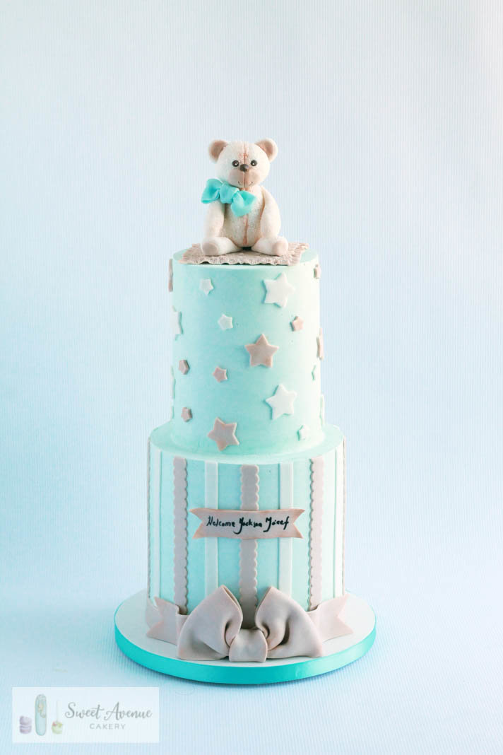 stars and teddy bear baby shower cake