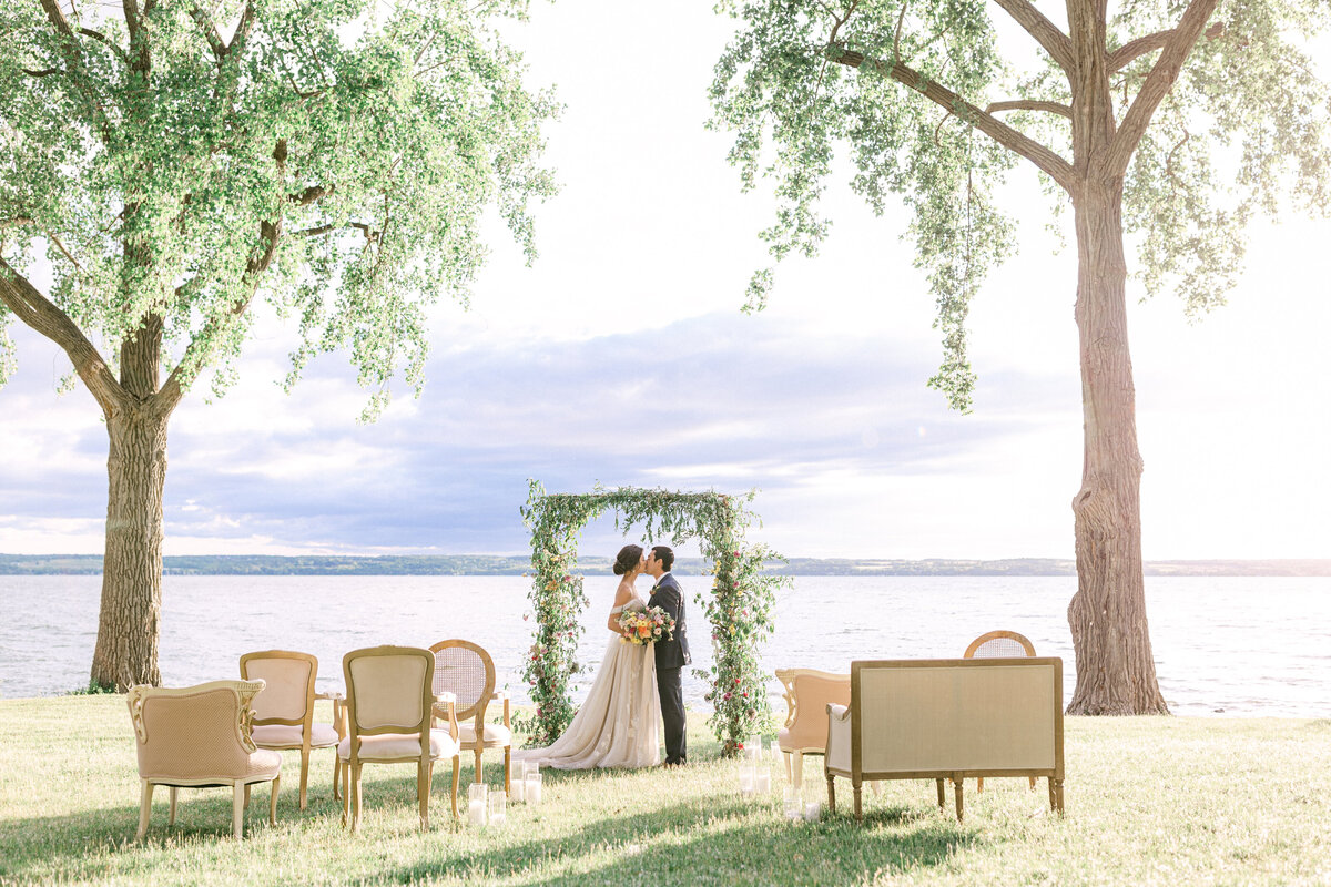 NW_elegant_finger-lakes-wedding