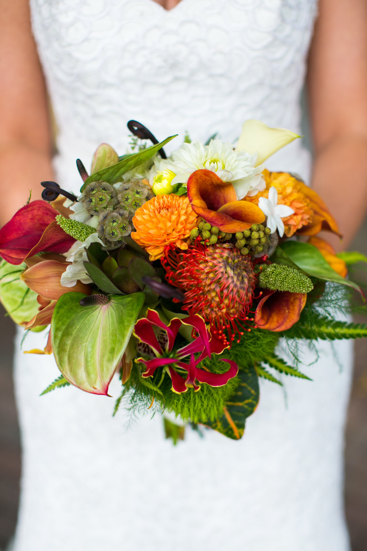 exotic-wedding-bouquet-baltimore-zoo
