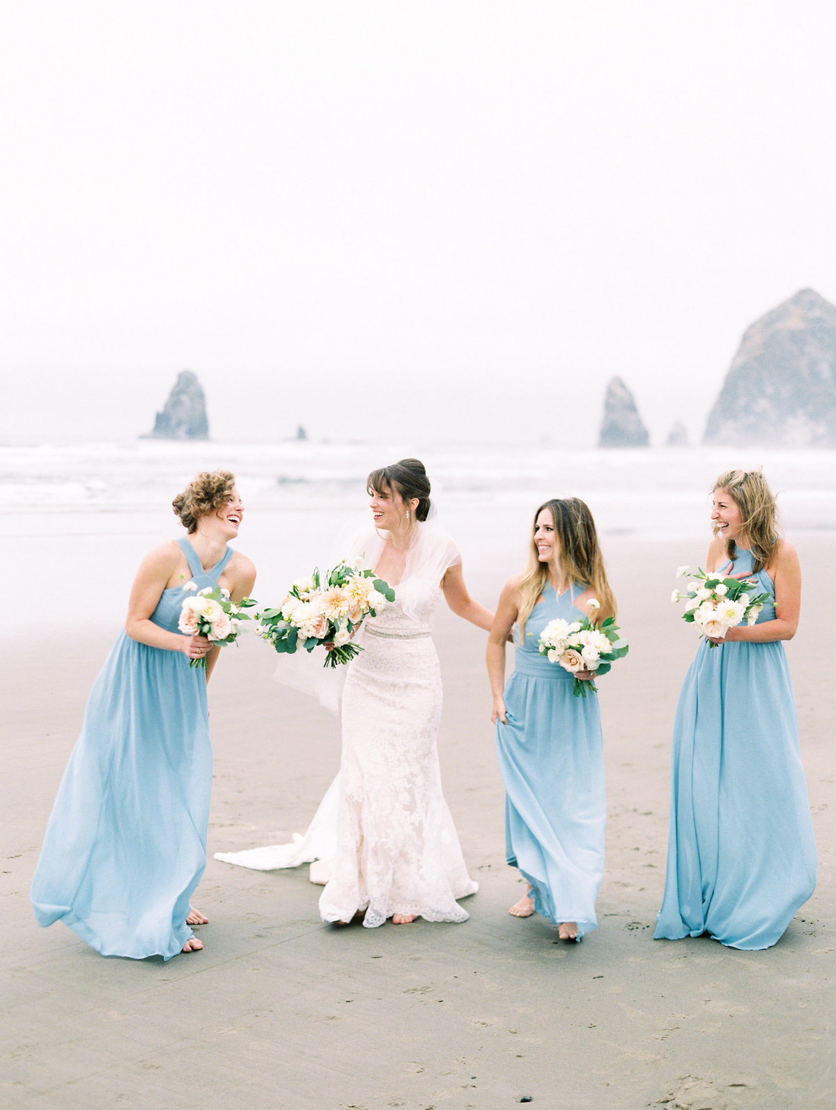 cannon-beach-wedding-at-stephanie-inn-18