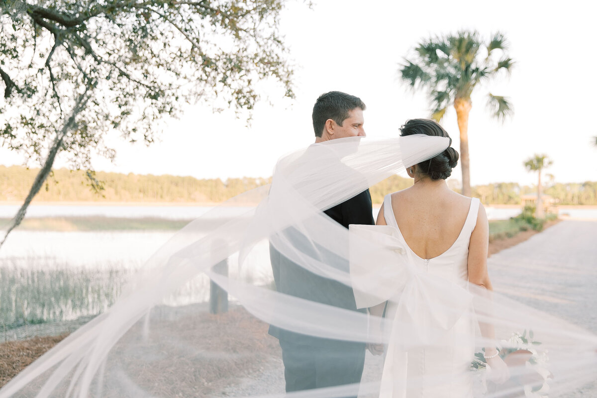 Powell_Oldfield_River_Club_Bluffton_South_Carolina_Beaufort_Savannah_Wedding_Jacksonville_Florida_Devon_Donnahoo_Photography_0913