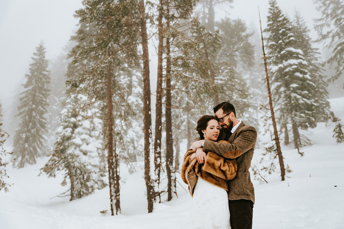 winter wedding in Lake Tahoe California