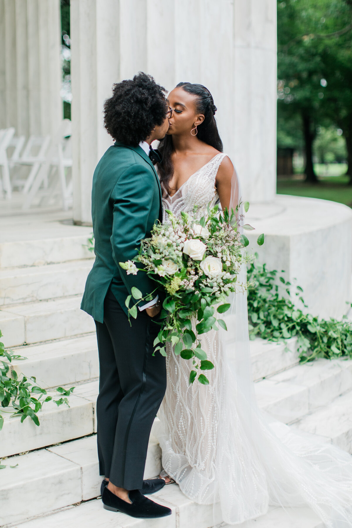 Solomon_Tkeyah_Micro_COVID_Wedding_Washington_DC_War_Memorial_MLK_Memorial_Linoln_Memorial_Angelika_Johns_Photography-4593
