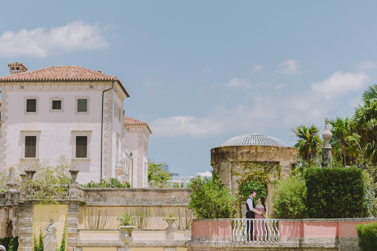 Vizcaya-Engagement-Teasers-14