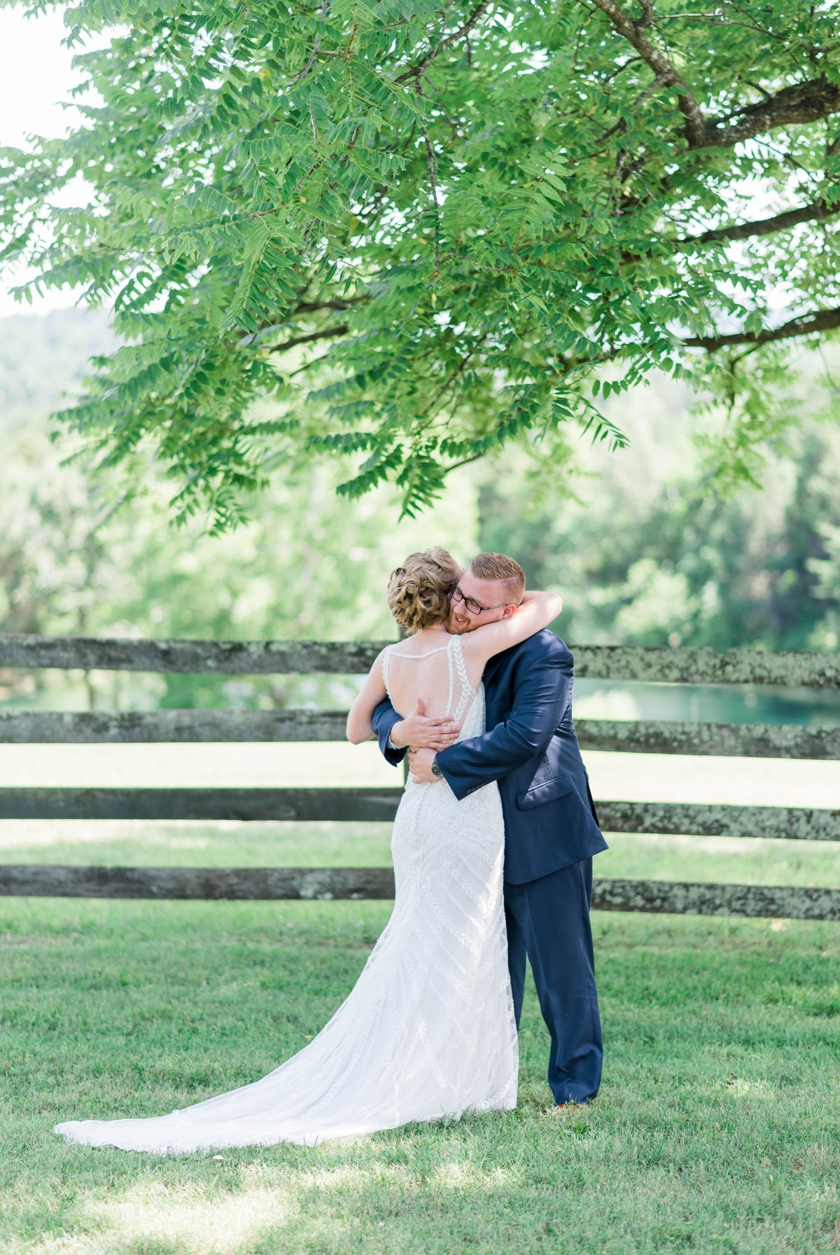 SorellaFarms_VirginiaWeddingPhotographer_BarnWedding_Lynchburgweddingphotographer_DanielleTyler+32