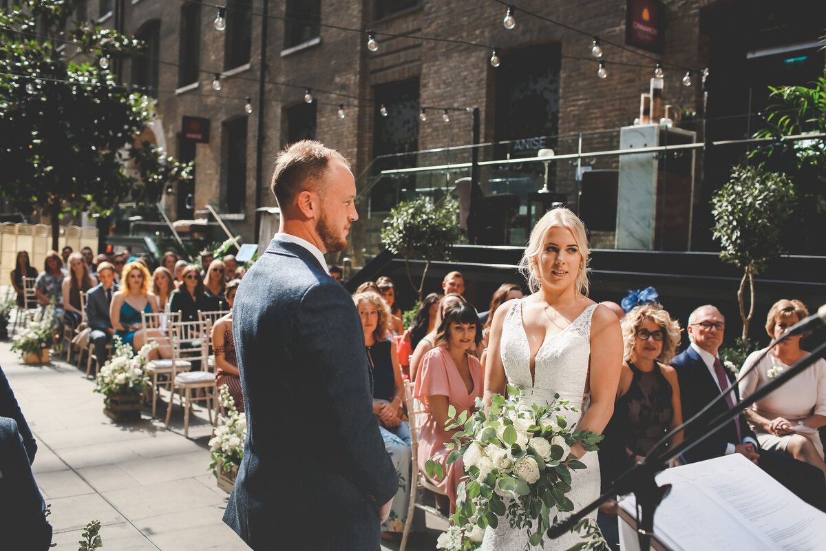 DEVONSHIRE-TERRACE-LONDON-WEDDING-PHOTOGRAPHER-0021