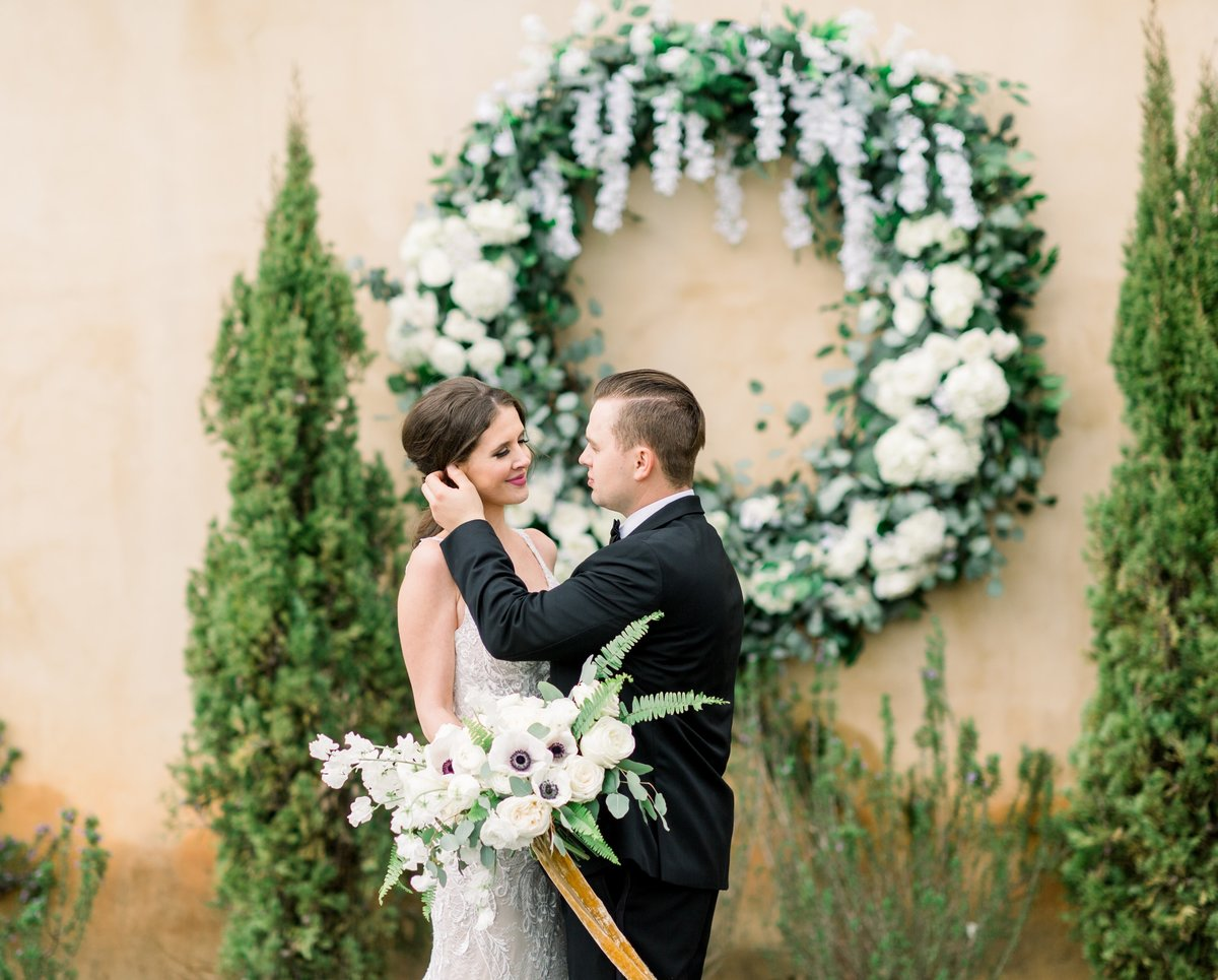Ceremony Wreath with couple