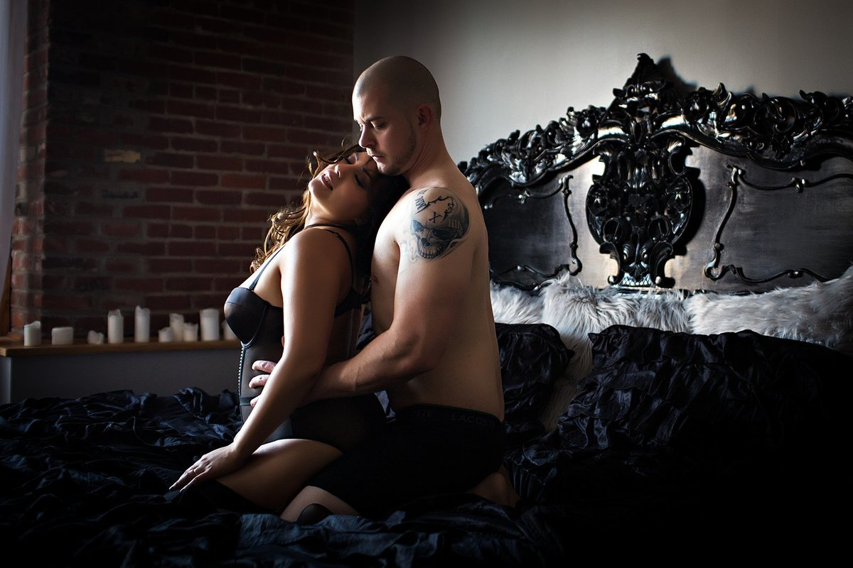 Hampton Roads Virginia Couples Boudoir Photographer (58)