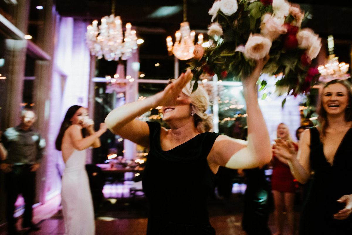 the dunlavy wedding bouquet toss