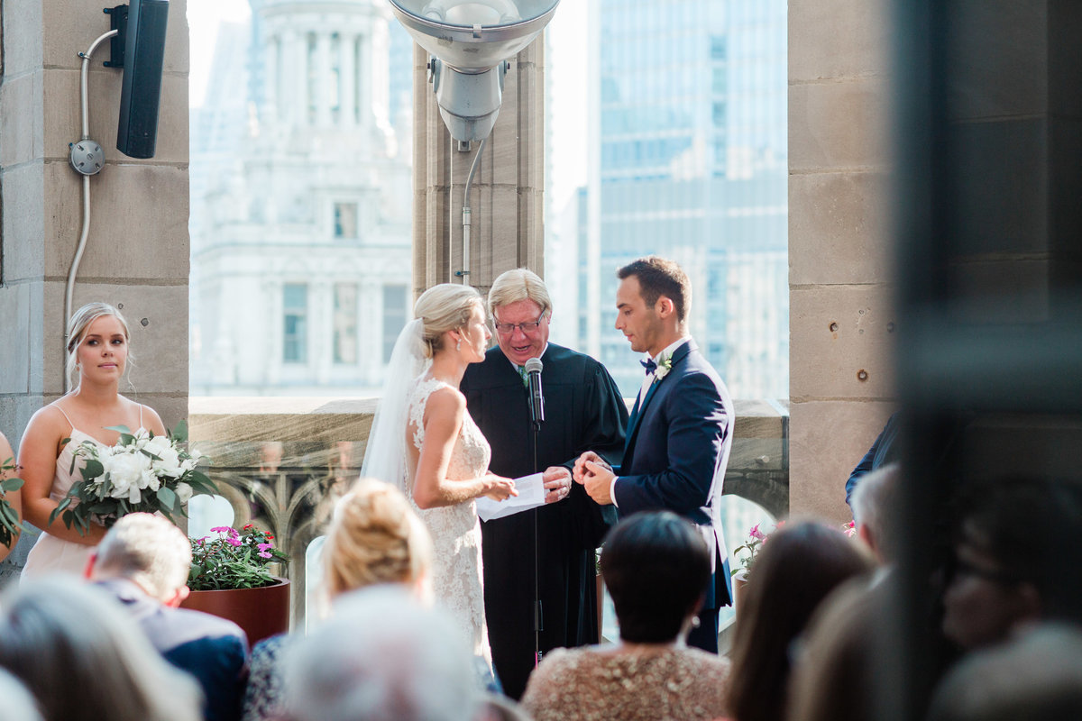 chicago-tribune-tower-wedding-nicole-jason-557