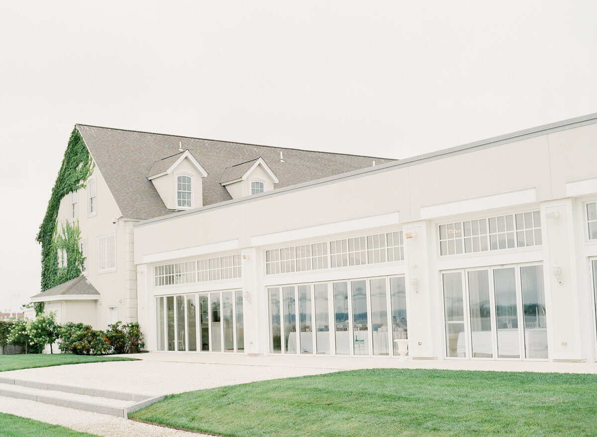 496 TWAH-DOUGHERTY-BELLE-MER-RHODE-ISLAND-WEDDING