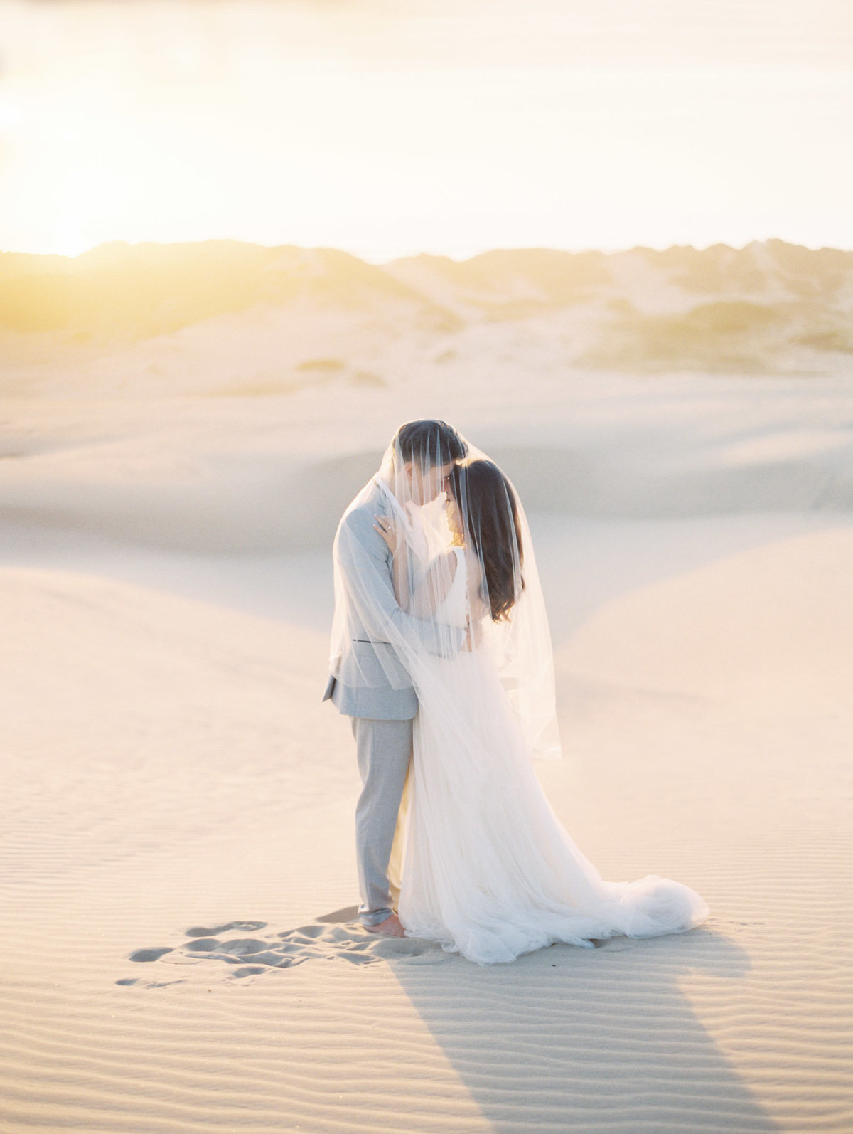sand-dunes-engagement-session-25