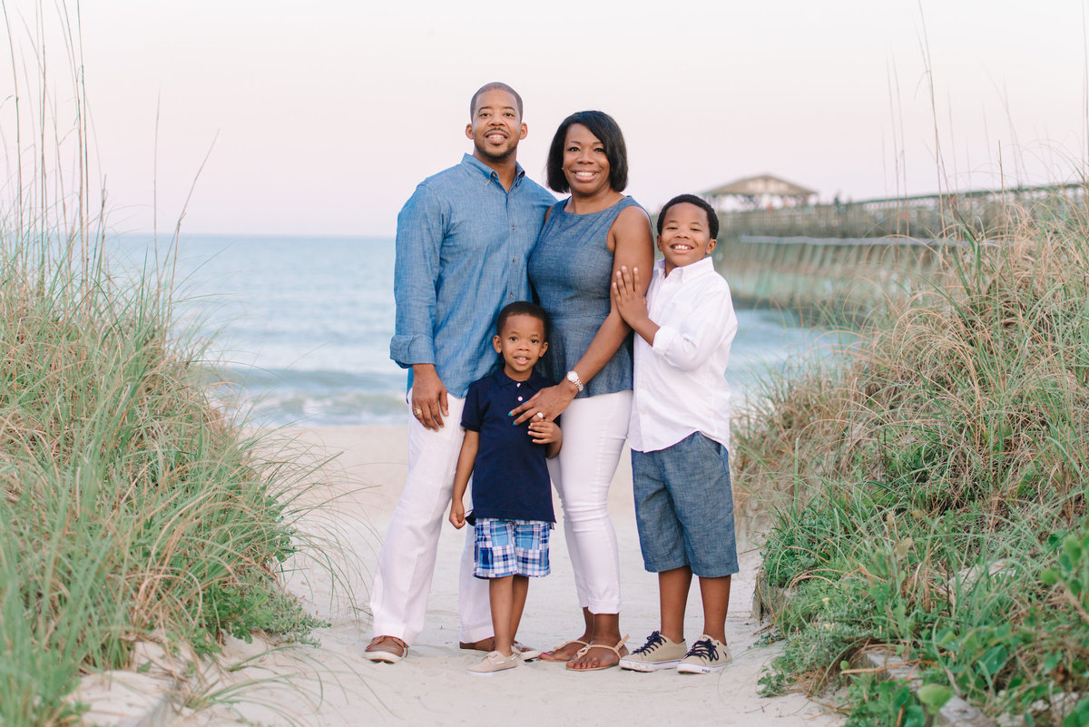 Myrtle Beach Family Photos - by Top Family photographer Pasha Belman