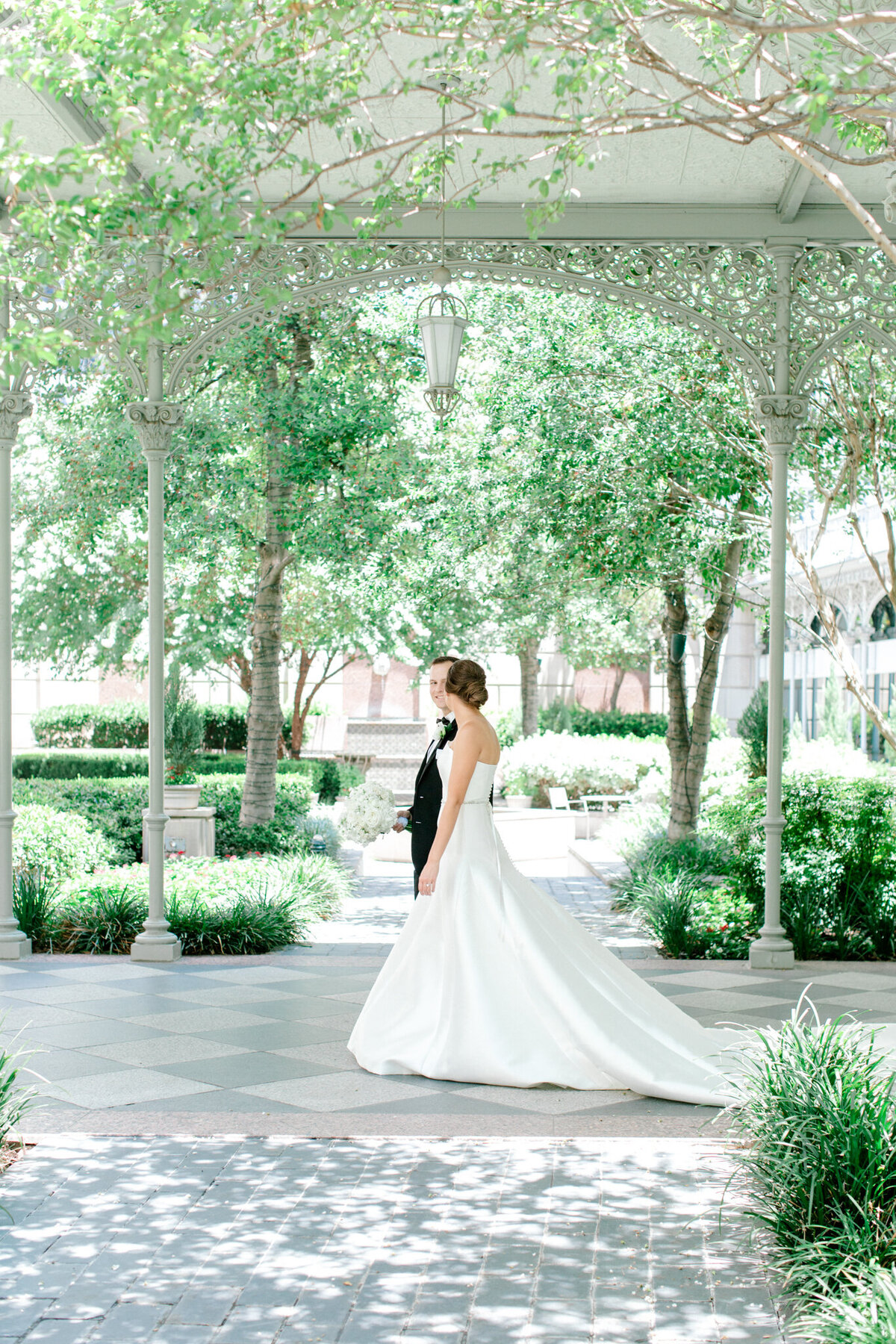 Wedding at the Crescent Court Hotel and Highland Park United Methodist Church in Dallas | Sami Kathryn Photography | DFW Wedding Photographer-63